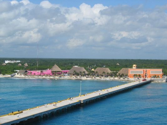 Walk from Ship into Costa Maya
