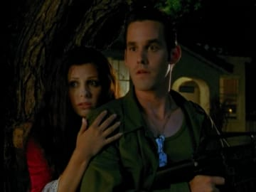 btvs-xander-buffy-halloween-season2-ep4